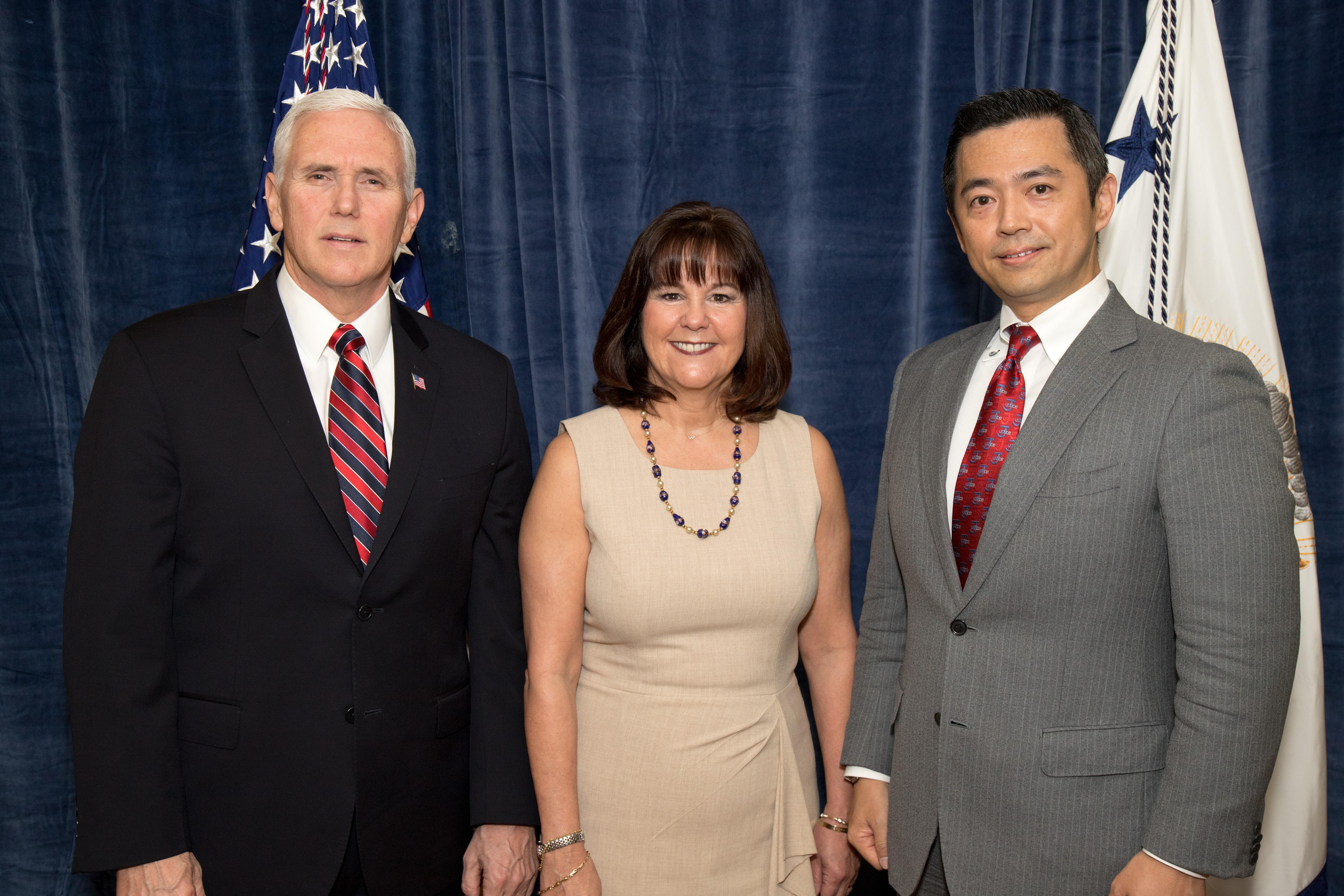 ペンス副大統領夫妻とあえばJCU議長